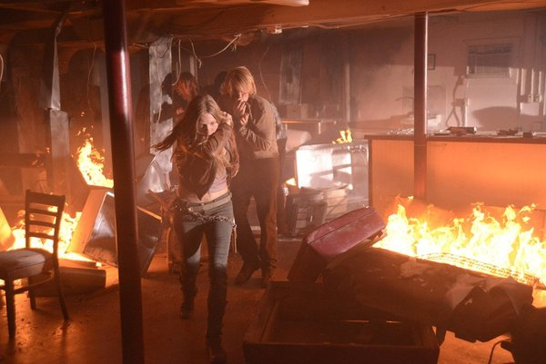 File:Revolution 1x11-3.jpg