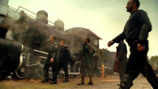 File:800px-Steam engine train.jpg