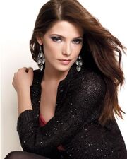 Elle-ashley-greene-mark-2-l