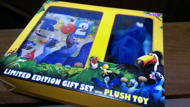 File:Purio's Rio2 Limited Edition Gift Set with Plush Toy.jpg