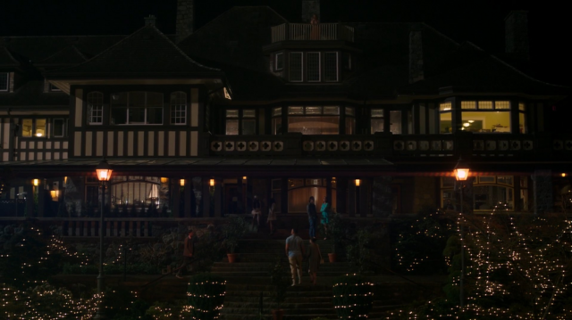 File:Season 1 Episode 1 The River's Edge Blossom house.png