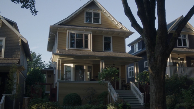 File:Season 1 Episode 1 The River's Edge Andrews House.png