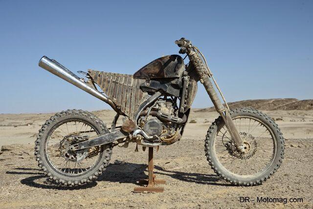 File:Mad max fury road moto frd-32321-1-.jpg