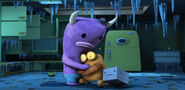 Robot-monster-102a-warm-welcome-clip-large