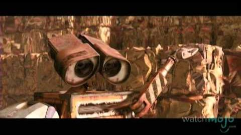 "Top 10 ""Good"" Movie Robots"