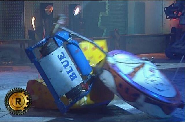 File:Firestorm 5 flips Blue and Bamm Bamm.JPG