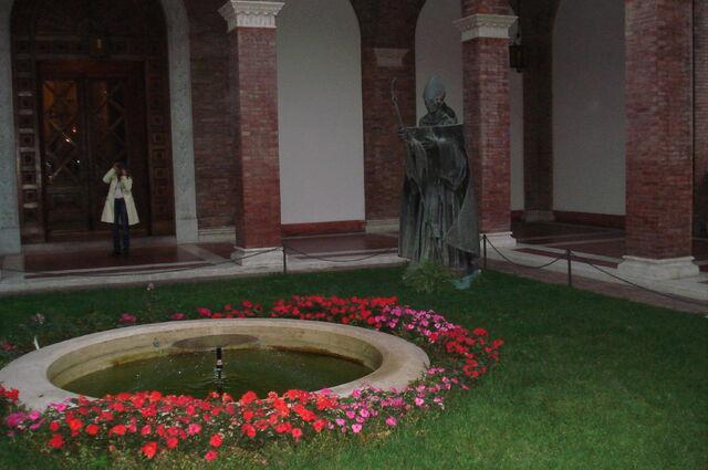 File:Atrium Sant'Anselmo