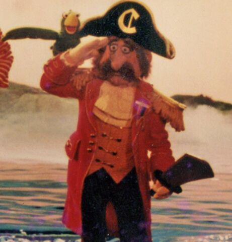 File:Cap'n Crook.jpg