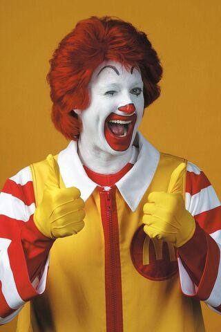 File:Ronald McDonald 2 thumbs up.jpg
