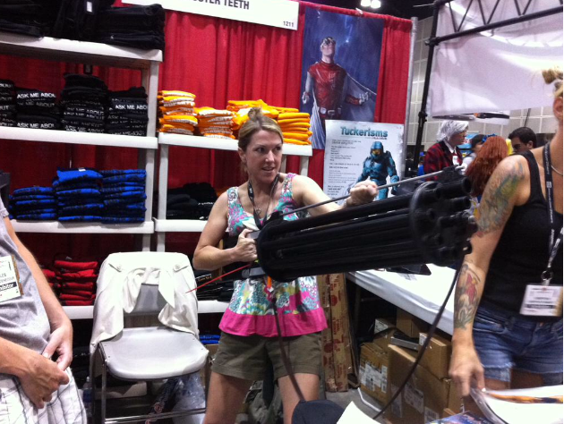 File:Kathleen at 2015 comic con.png