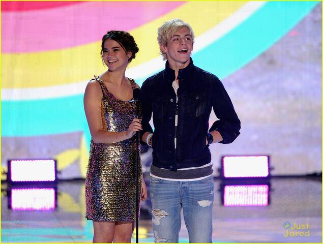 File:Teen Choice Awards 2013 Ross and Maia (1).jpg