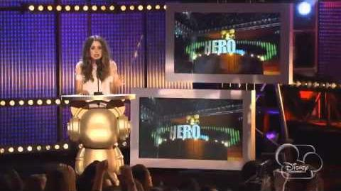 Radio Disney Music Awards 2014 Español Laura Marano y Shakira