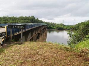 Pont sur le Kourou