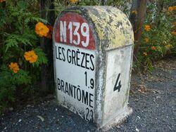 RN139 - Borne Dordogne.JPG