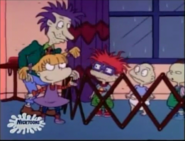 Rugrats - Chuckie Loses His Glasses 13