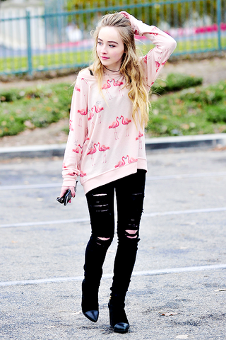 File:Sabrina Carpenter 2015 (1).png