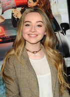 Sabrina Carpenter Bad Hair Day Premiere3