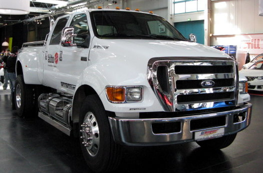 File:Compensator - Ford F650 in real life.jpg