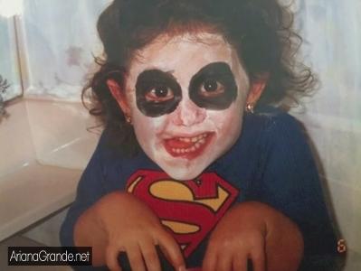 File:Ariana wearing a superman shirt.jpg