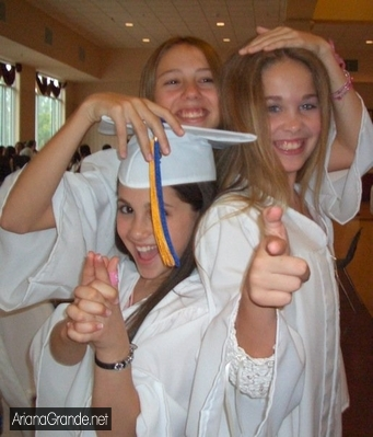 File:Ariana graduating.jpg