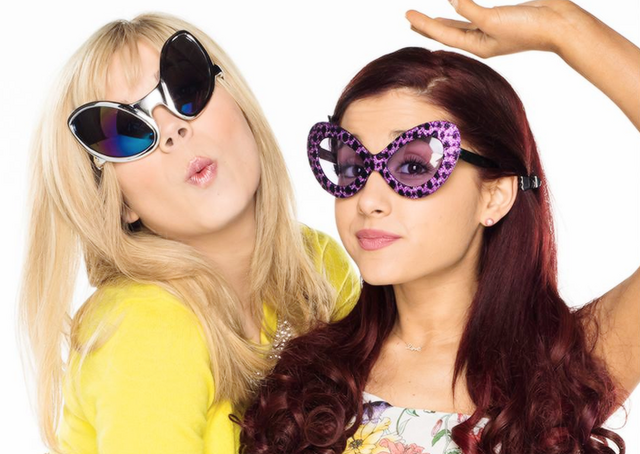 File:Sam Puckett and Cat Valentine wearing sunglasses.png