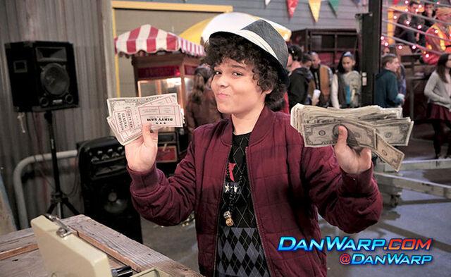 File:Dice holding lots of money.jpg