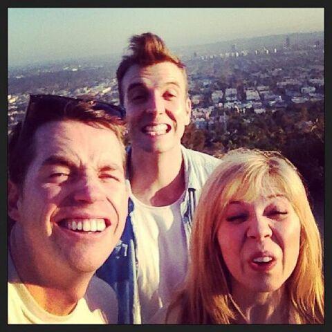 File:Jennette, Luke, and Wyatt making faces.jpg
