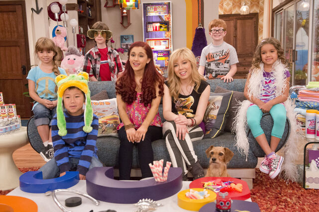File:Sam and Cat with Opee and the kids they babysat.jpg