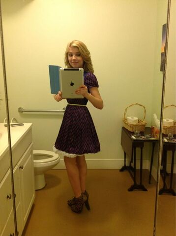 File:Jennette in one of her Swindle outfits.jpg