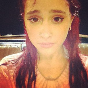 File:Ariana with wet hair.jpg