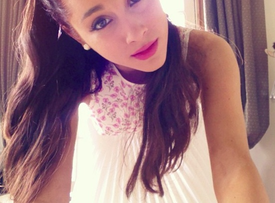 File:Ariana's Easter face, 2013.jpg