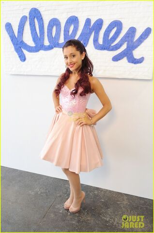 File:Ariana in front of Kleenex.jpg
