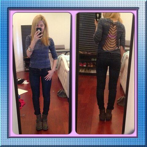 File:Jennette's outfit June 2, 2013.jpg