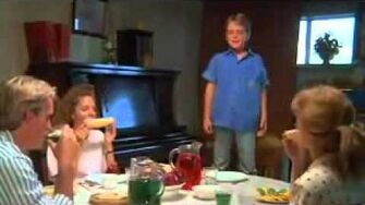 Troll 2 - Peeing on the Dinner