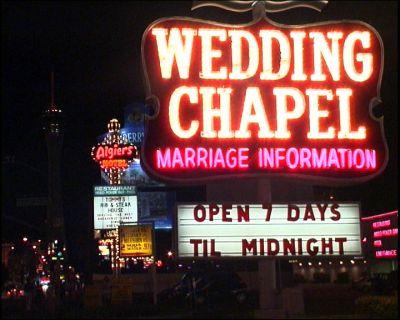 File:Las Vegas wedding chapel.jpg