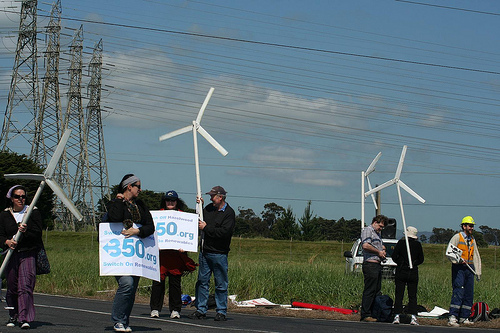 File:Protesters hold windmills aloft - Replace Hazelwood Coal Power Station.jpg