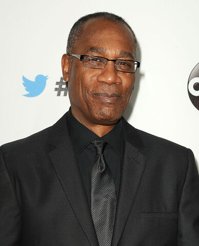 File:2014 LA TGIT Premiere Event - Joe Morton 02.jpg