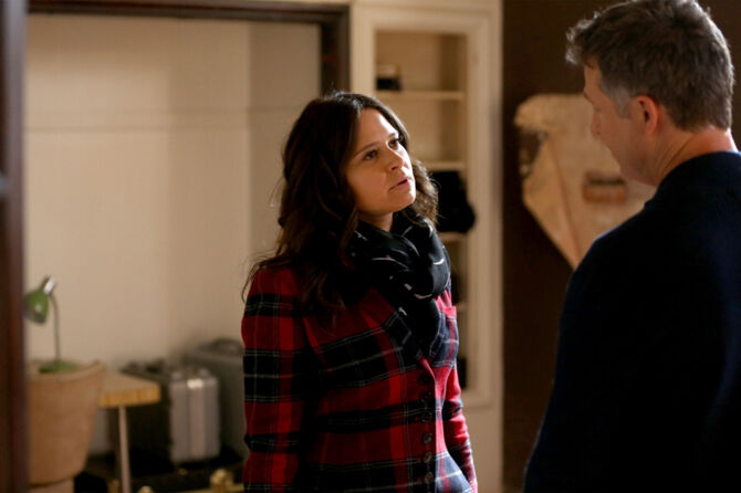 5x09 - Quinn and Charlie 1