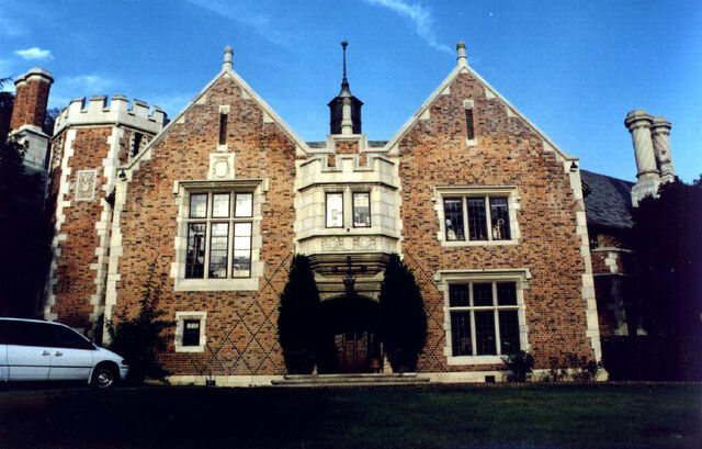 File:00kane manor.jpg