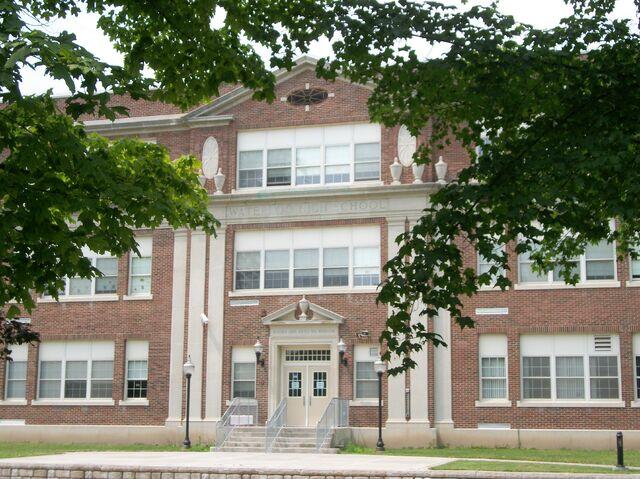 File:Waterloo Main Street School Front.JPG