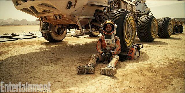 File:Relaxing on Mars.jpg