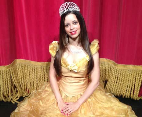 File:Tina Barrett Beauty and the Beast Pantomime.jpg