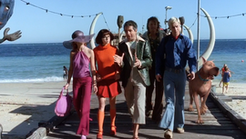 Mondavarious walks gang onto Spooky Island