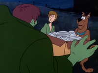Shaggy and Scooby meet the Creeper