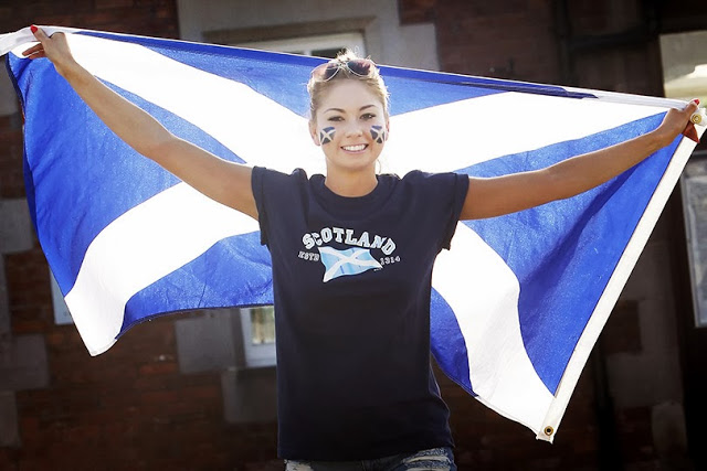 File:Scotland flag girl.jpeg