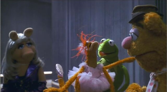 File:Muppets-from-space-7.jpg