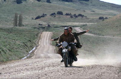 File:Diarios motocicleta.jpg