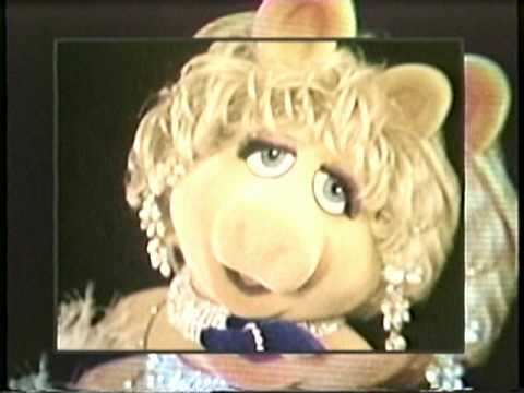File:Miss Piggy from Kermit Unpigged Promo.jpeg