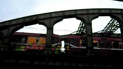 AM86's over Mechelse bruggen (gefilmd van vanonder!)