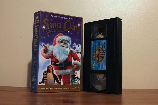 File:Santa Claus Is Comin To Town UK VHS.JPG